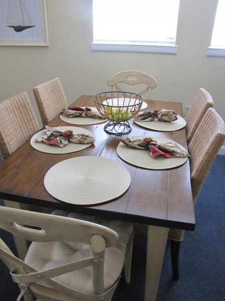 coastal dining table, hilton head, condo