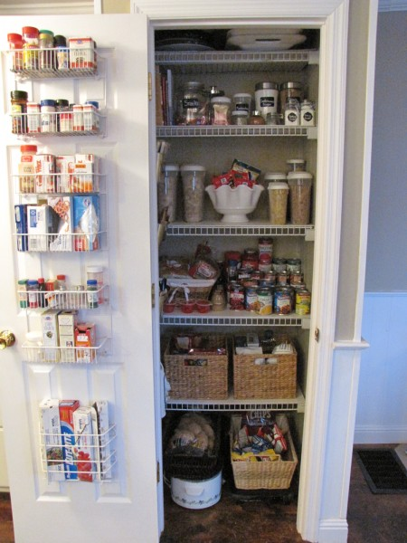 Organizing your heart and home 2011 my pantry makeover for Organizing your pantry shelves
