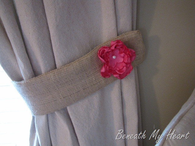 how to make burlap tie backs by beneath my heart my repurposed life. Black Bedroom Furniture Sets. Home Design Ideas