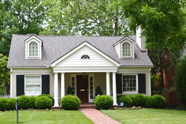 Look At This Beautiful White Washed Brick Home