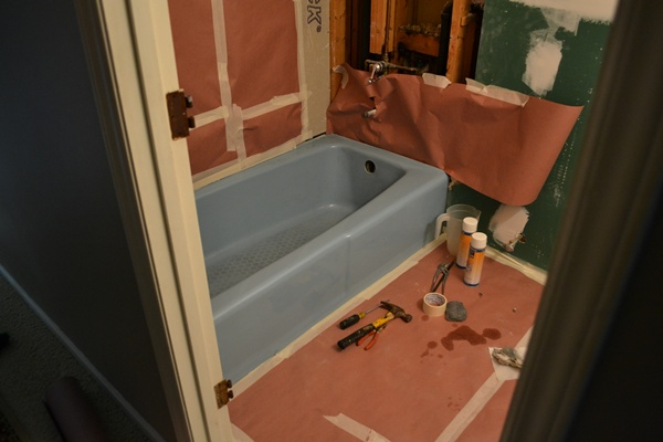 Bathtub Reglazing {Mandy's blue bathtub is now white!}