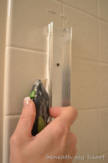how to remove sliding shower doors for cleaning 1