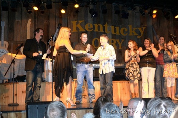 ky opry 041