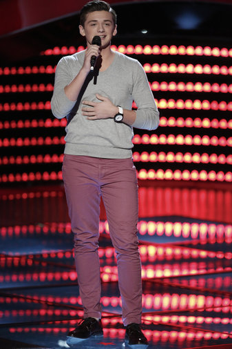 "THE VOICE -- ""Blind Auditions"" -- Pictured: Jonathan Hutcherson -- (Photo by: Tyler Golden/NBC)"