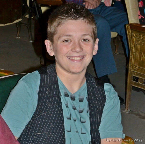 Another Grand Ol' Time at the Ky Opry! {Jonathan advances to the Finals!}