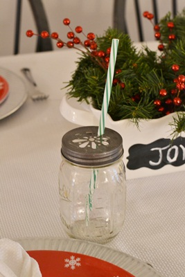 Holiday Table Setting {& Giveaway!}