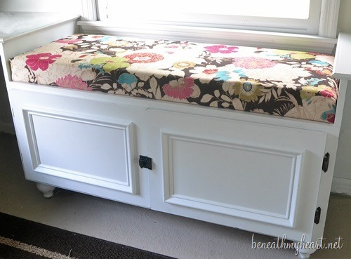 How to Make a Window Seat Cushion in less than 5 minutes