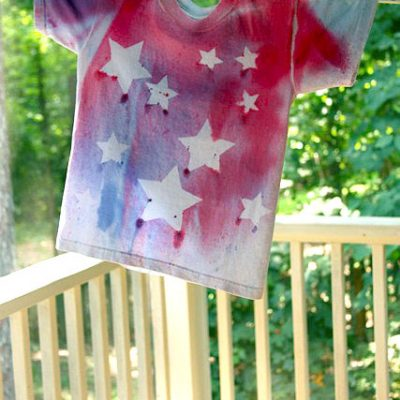 Spray Dyed T-shirts Tutorial!!  {Pretty Handy Girl}
