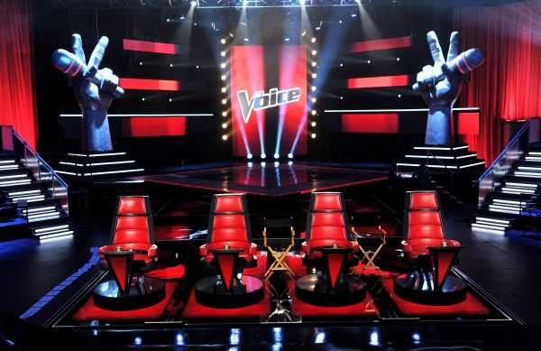 "CULVER CITY, CA - OCTOBER 28:  A general view of the set is shown at a press junket for NBC's ""The Voice"" at Sony Studios on October 28, 2011 in Culver City, California.  (Photo by Kevin Winter/Getty Images)"