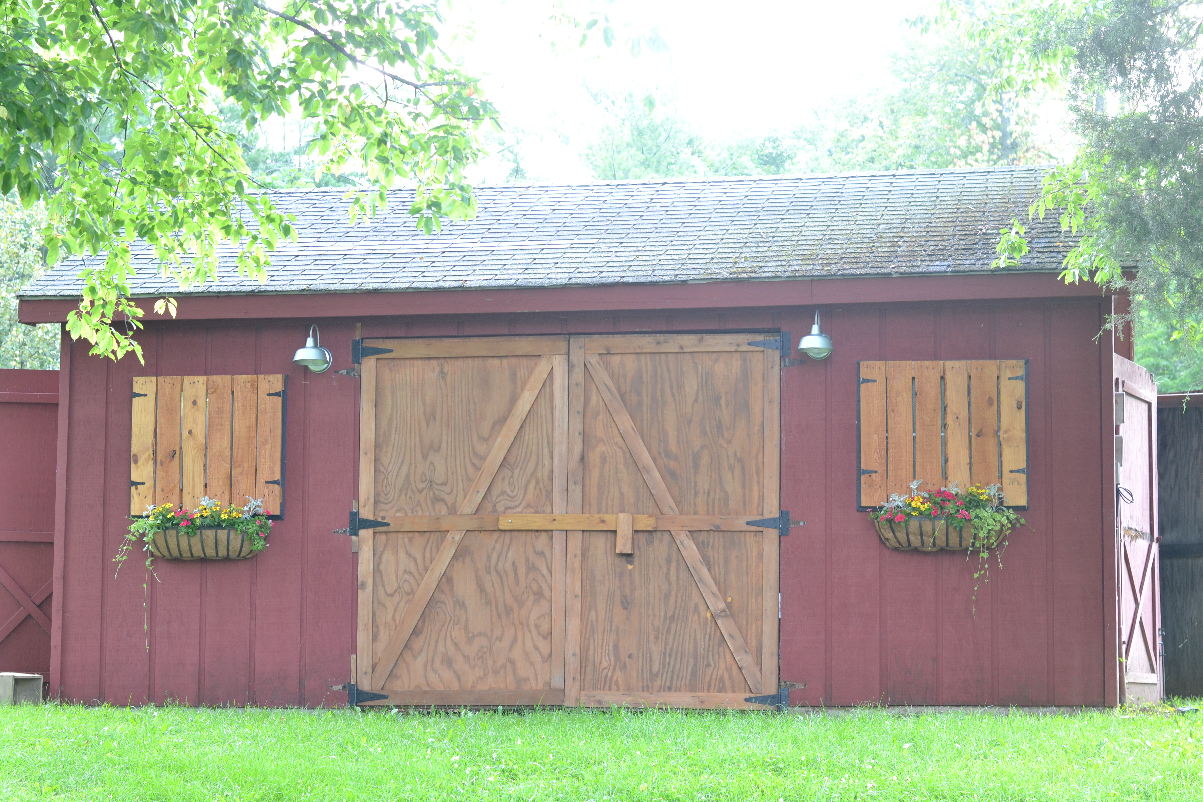 how to throw a barn party with or without a barn beneath my heart