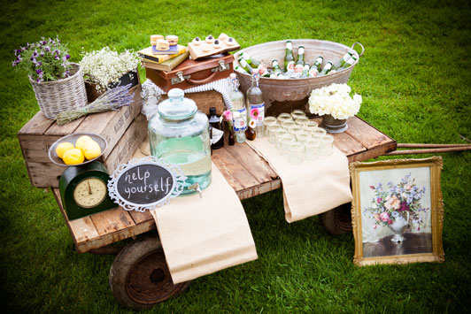 Farm-wedding-checklist-03