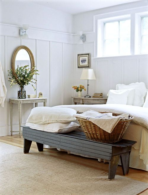 farmhouse-bedroom-design-ideas-that-inspire-23
