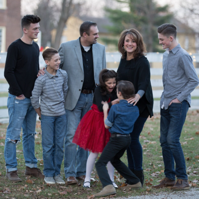 Our Family Christmas Pictures (as a family of 7!)