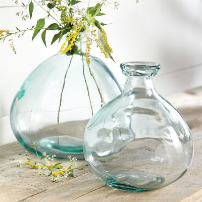 Decorating with Aqua Vases