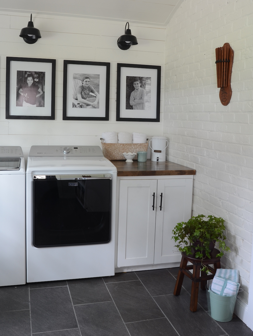 easy diy base cabinet for our laundry room beneath my heart. Black Bedroom Furniture Sets. Home Design Ideas