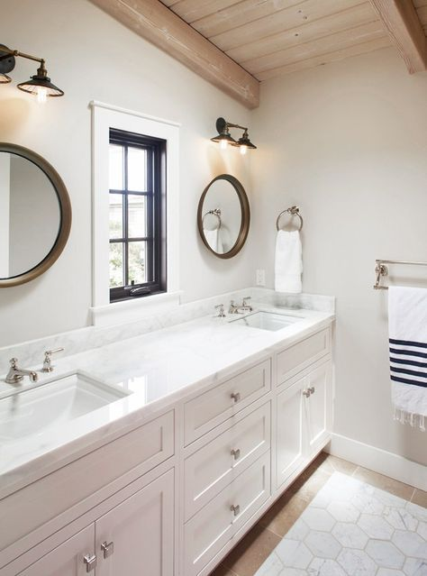 Jack and Jill Bathroom Inspiration for the Flip House ...