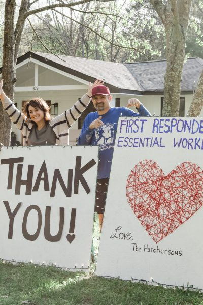 Our Family DIY #BUILDTHANKS Sign for Frontline Heroes!