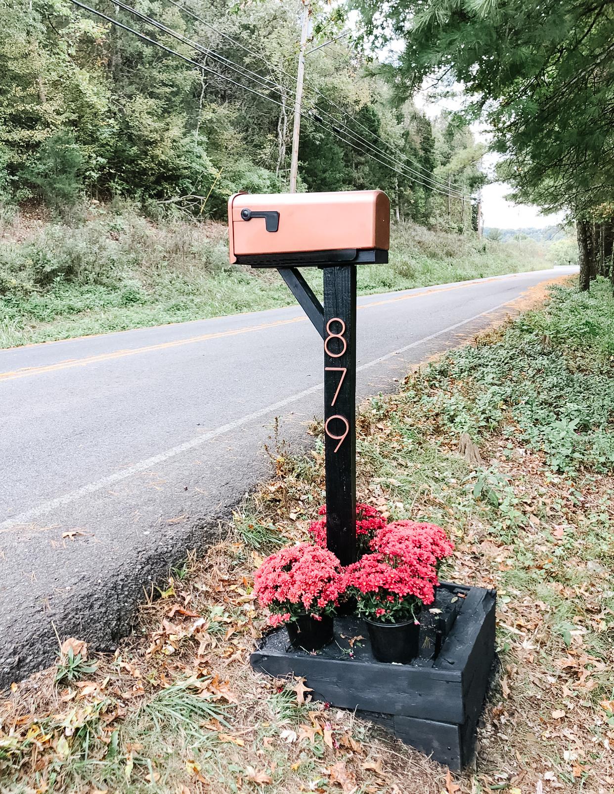 DIY mailbox makeover