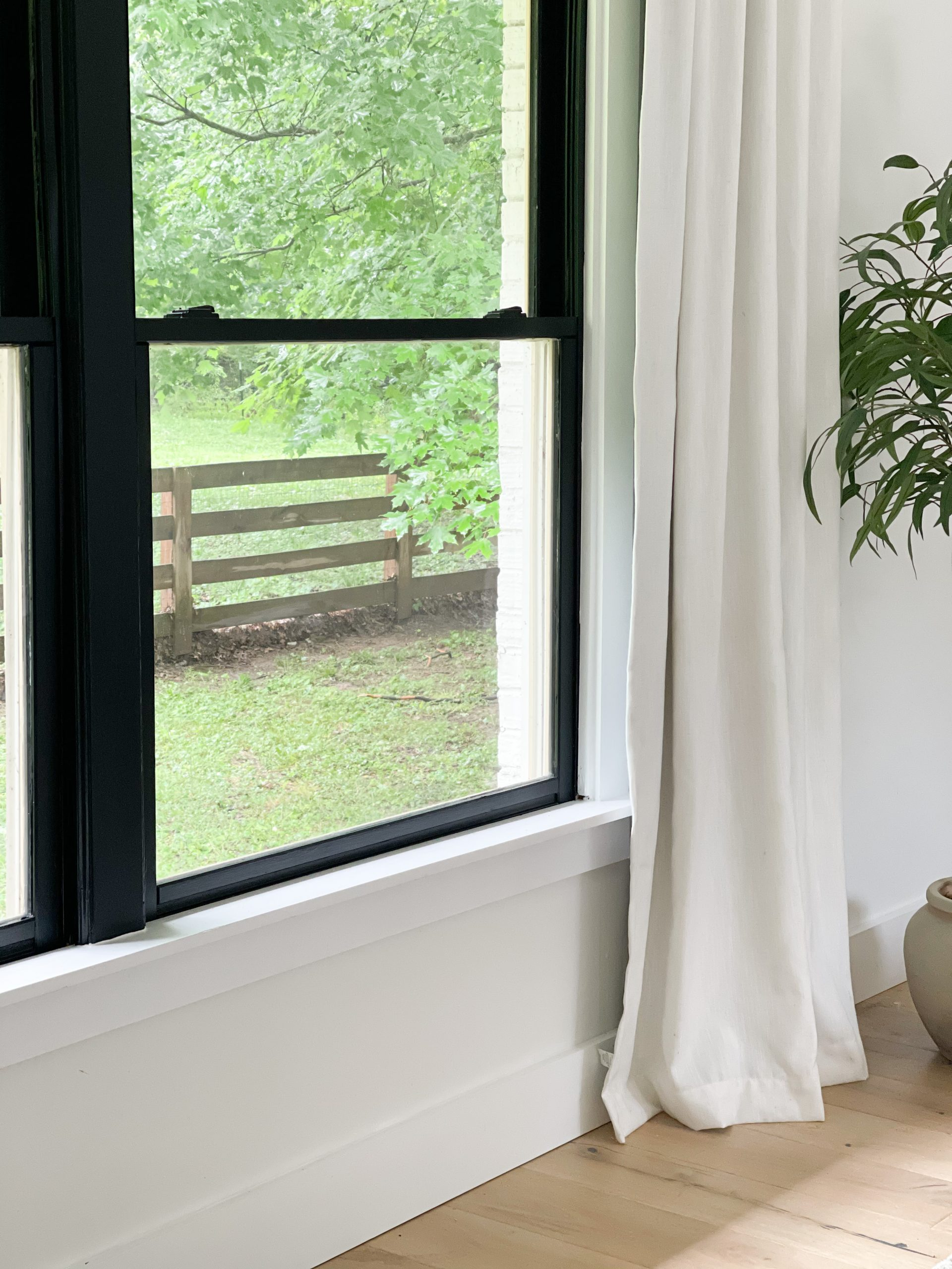 Painting Window Frames Black